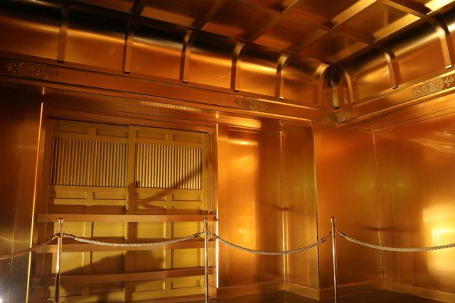 安土城の金ぴかなお部屋